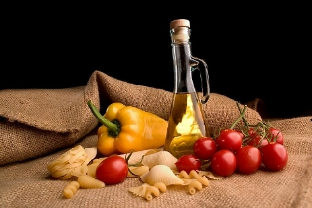 La dieta mediterranea protagonista ad assisi - La tavola rotonda assisi ...